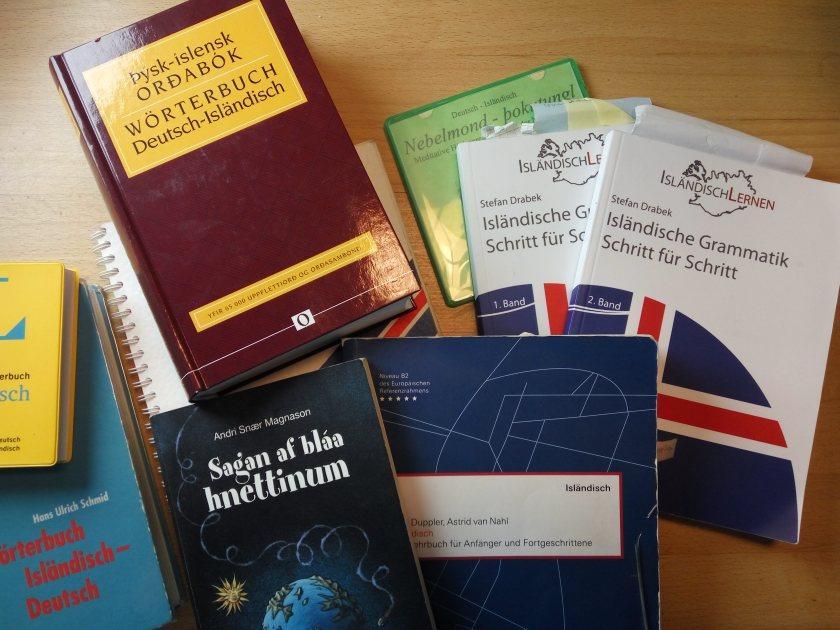 Isländische Bücher